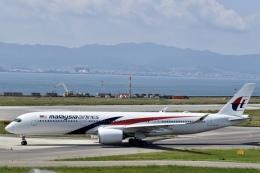 東亜国内航空さんが、関西国際空港で撮影したマレーシア航空 A350-941の航空フォト(飛行機 写真・画像)