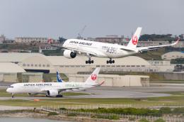 EC5Wさんが、那覇空港で撮影した日本航空 A350-941の航空フォト(飛行機 写真・画像)