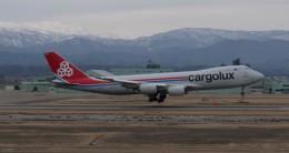 Mitsuki1211さんが、小松空港で撮影したカーゴルクス 747-8R7F/SCDの航空フォト(飛行機 写真・画像)