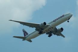FRTさんが、スワンナプーム国際空港で撮影したカタール航空 777-3DZ/ERの航空フォト(飛行機 写真・画像)