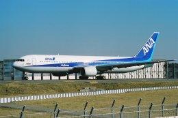 ゴンタさんが、成田国際空港で撮影した全日空 767-381/ERの航空フォト(飛行機 写真・画像)