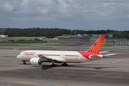 KAZFLYERさんが、成田国際空港で撮影したエア・インディア 787-8 Dreamlinerの航空フォト(飛行機 写真・画像)