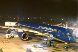 maverickさんが、ノイバイ国際空港で撮影したベトナム航空 A350-941の航空フォト(飛行機 写真・画像)
