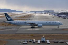 神宮寺ももさんが、関西国際空港で撮影したキャセイパシフィック航空 777-367の航空フォト(飛行機 写真・画像)