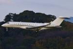 あしゅーさんが、福岡空港で撮影したGama アビエーション BD-700-1A11 Global 5000の航空フォト(飛行機 写真・画像)