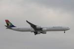 フッ軽の極美さんが、成田国際空港で撮影した南アフリカ航空 A340-642の航空フォト(飛行機 写真・画像)