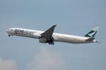 だいすけさんが、香港国際空港で撮影したキャセイパシフィック航空 777-367/ERの航空フォト(飛行機 写真・画像)