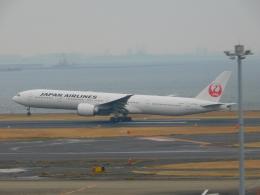 京成本線沿線民(KS3035F)さんが、羽田空港で撮影した日本航空 777-346/ERの航空フォト(飛行機 写真・画像)
