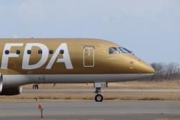 いぶちゃんさんが、新潟空港で撮影したフジドリームエアラインズ ERJ-170-200 (ERJ-175STD)の航空フォト(飛行機 写真・画像)