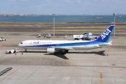 航空研究家さんが、羽田空港で撮影した全日空 767-381/ERの航空フォト(飛行機 写真・画像)