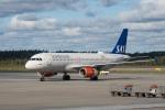 delawakaさんが、ストックホルム・アーランダ空港で撮影したスカンジナビア航空 A320-232の航空フォト(飛行機 写真・画像)