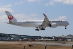Yuseiさんが、福岡空港で撮影した日本航空 A350-941の航空フォト(飛行機 写真・画像)