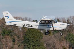 Tomo-Papaさんが、調布飛行場で撮影したジェイ・ディ・エル技研 172S Skyhawk SPの航空フォト(飛行機 写真・画像)