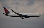 アルビレオさんが、成田国際空港で撮影したデルタ航空 767-332/ERの航空フォト(飛行機 写真・画像)