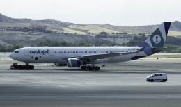planetさんが、マドリード・バラハス国際空港で撮影したエヴェロップ・エアラインズ A330-223の航空フォト(飛行機 写真・画像)