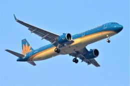 amagoさんが、スワンナプーム国際空港で撮影したベトナム航空 A321-272Nの航空フォト(飛行機 写真・画像)