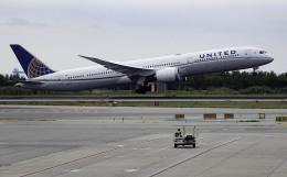 planetさんが、バルセロナ空港で撮影したユナイテッド航空 787-10の航空フォト(飛行機 写真・画像)