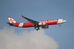 OMAさんが、シンガポール・チャンギ国際空港で撮影したエアアジア・エックス A330-343Xの航空フォト(飛行機 写真・画像)