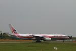 matsuさんが、成田国際空港で撮影したアメリカン航空 777-223/ERの航空フォト(飛行機 写真・画像)
