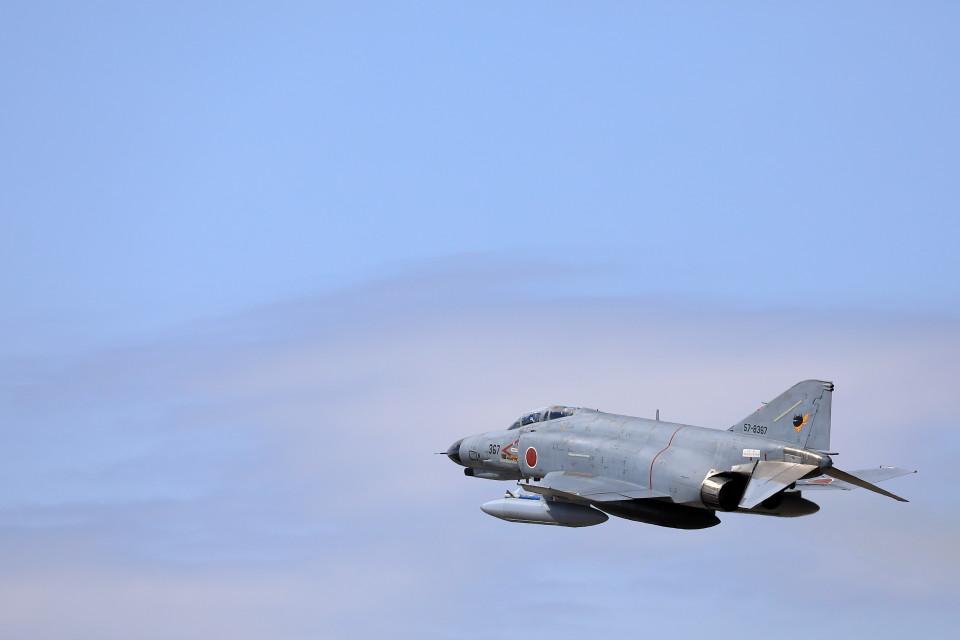 take_2014さんの航空自衛隊 Mitsubishi F-4EJ Kai Phantom II (57-8367) 航空フォト