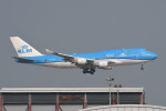 kuro2059さんが、香港国際空港で撮影したKLMオランダ航空 747-406Mの航空フォト(飛行機 写真・画像)