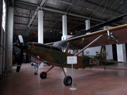 るかりおさんが、ミラノ・マルペンサ空港で撮影したイタリア陸軍 SM.1019Aの航空フォト(飛行機 写真・画像)