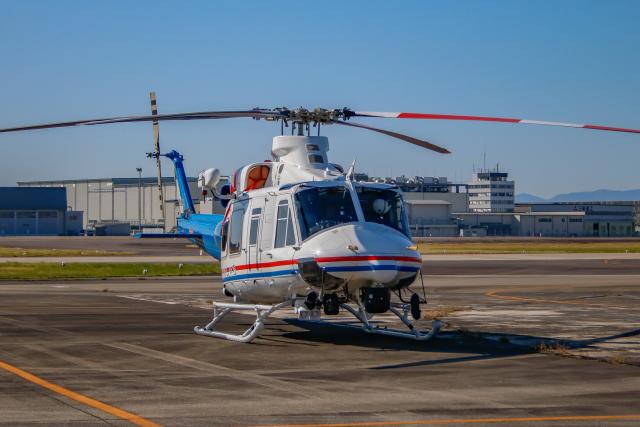 ゆーすきんさんが、名古屋飛行場で撮影した愛知県防災航空隊 412EPIの航空フォト(飛行機 写真・画像)