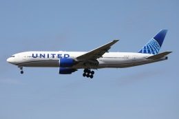 sky-spotterさんが、成田国際空港で撮影したユナイテッド航空 777-222の航空フォト(飛行機 写真・画像)
