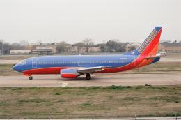 ゴンタさんが、ダラス・ラブフィールド空港で撮影したサウスウェスト航空 737-3H4の航空フォト(飛行機 写真・画像)