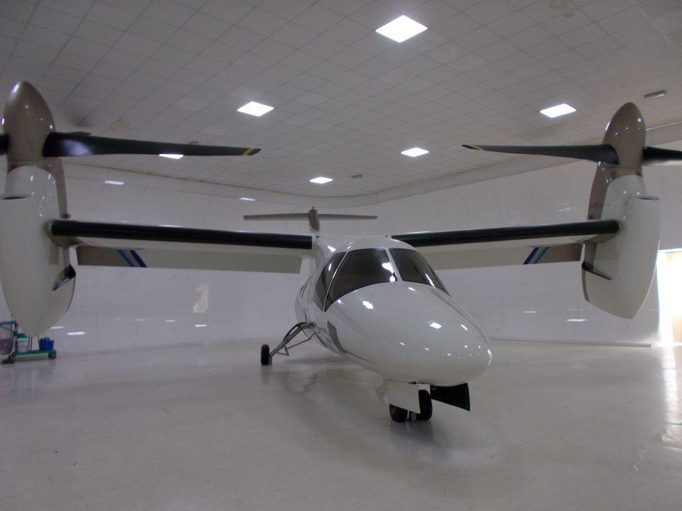 るかりおさんのアグスタウェストランド AgustaWestland AW609 (N609TR) 航空フォト