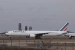 KAZFLYERさんが、成田国際空港で撮影したエールフランス航空 777-328/ERの航空フォト(飛行機 写真・画像)