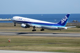 もぐ3さんが、新潟空港で撮影した全日空 767-381の航空フォト(飛行機 写真・画像)