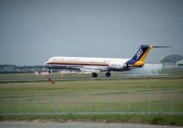 元青森人さんが、仙台空港で撮影した日本エアシステム MD-81 (DC-9-81)の航空フォト(飛行機 写真・画像)