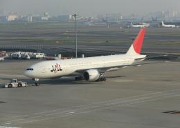 銀苺さんが、羽田空港で撮影した日本航空 777-246/ERの航空フォト(飛行機 写真・画像)