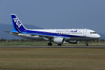 板付蒲鉾さんが、佐賀空港で撮影した全日空 A320-214の航空フォト(飛行機 写真・画像)