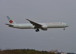 銀苺さんが、成田国際空港で撮影したエア・カナダ 777-333/ERの航空フォト(飛行機 写真・画像)
