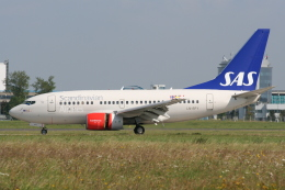 NIKEさんが、ヴァーツラフ・ハヴェル・プラハ国際空港で撮影したスカンジナビア航空 737-683の航空フォト(飛行機 写真・画像)