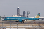 KAZFLYERさんが、成田国際空港で撮影したベトナム航空 A321-231の航空フォト(飛行機 写真・画像)