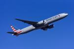 Frankspotterさんが、フランクフルト国際空港で撮影したアメリカン航空 777-323/ERの航空フォト(飛行機 写真・画像)