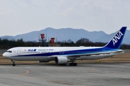 東亜国内航空さんが、広島空港で撮影した全日空 767-381/ERの航空フォト(飛行機 写真・画像)