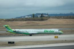 kenzy201さんが、リスボン・ウンベルト・デルガード空港で撮影したビンター・カナリア CL-600-2E25 Regional Jet CRJ-1000の航空フォト(飛行機 写真・画像)