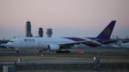 redbull_23さんが、成田国際空港で撮影したタイ国際航空 777-2D7/ERの航空フォト(飛行機 写真・画像)