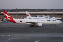 SFJ_capさんが、成田国際空港で撮影したカンタス航空 A330-303の航空フォト(飛行機 写真・画像)