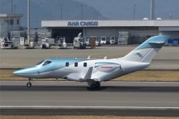 qooさんが、高松空港で撮影した日本法人所有 HA-420の航空フォト(飛行機 写真・画像)