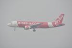 LEGACY-747さんが、香港国際空港で撮影したエアアジア A320-216の航空フォト(飛行機 写真・画像)
