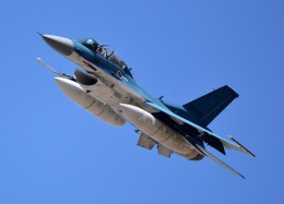 GO DRAさんが、岐阜基地で撮影した航空自衛隊 F-2Bの航空フォト(飛行機 写真・画像)