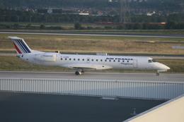 meijeanさんが、パリ シャルル・ド・ゴール国際空港で撮影したレジォナル ERJ-145MPの航空フォト(飛行機 写真・画像)