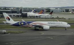 planetさんが、ロンドン・ヒースロー空港で撮影したマレーシア航空 A350-941の航空フォト(飛行機 写真・画像)