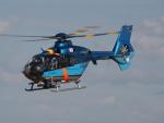 ここはどこ?さんが、札幌飛行場で撮影した北海道警察 EC135P1の航空フォト(飛行機 写真・画像)