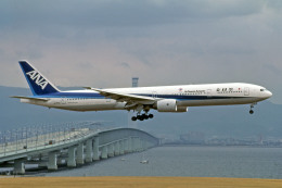 Gambardierさんが、関西国際空港で撮影した全日空 777-381の航空フォト(飛行機 写真・画像)